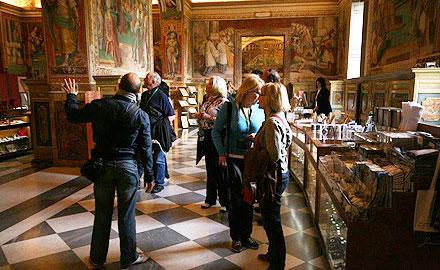 Offizielle Vatikan-Reiseleiter