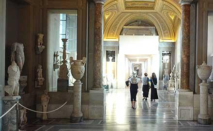 Vatikan-Führungen - Einlass in die vatikanischen Museen nach allen anderen