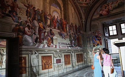 Vatikan-Führungen - Nach allen anderen in den Stanzen des Raffael mit Italy With Us